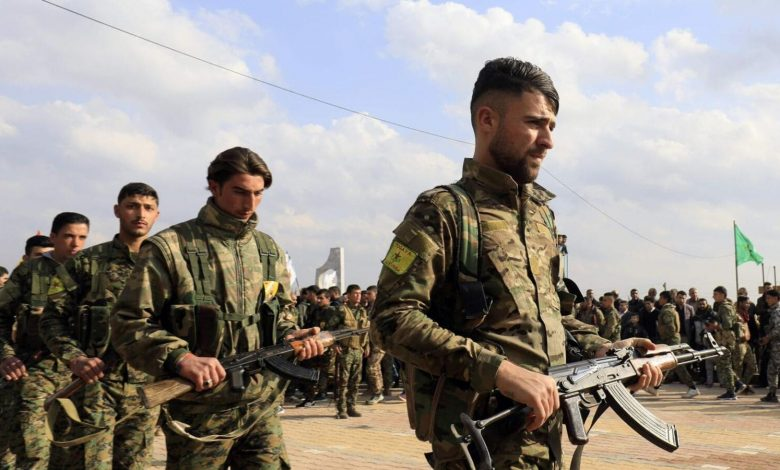 """""""SDF"""" arrests 22 young men in """"Raqqa"""" countryside under the pretext of military recruitment"""