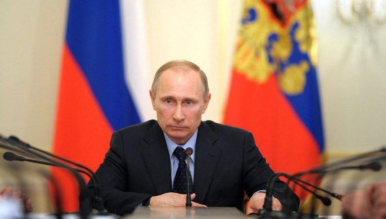 Photo of The Russian President officially announces the registration of the world's first vaccine against the Coronavirus.