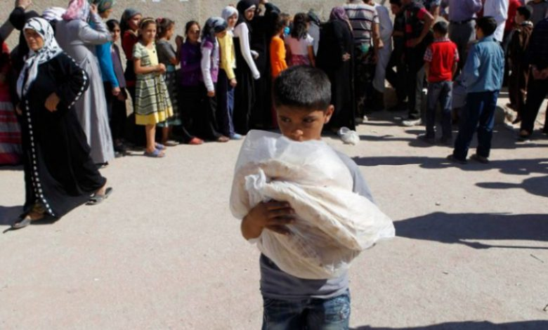 Nusra Front raises bread pack price to over 700 Syrian pounds
