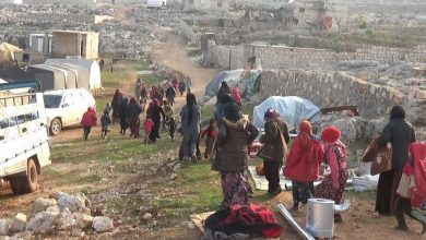 Photo of Al-Nusra corruption deprives Idlib camps of aid and increases the suffering of the displaced.