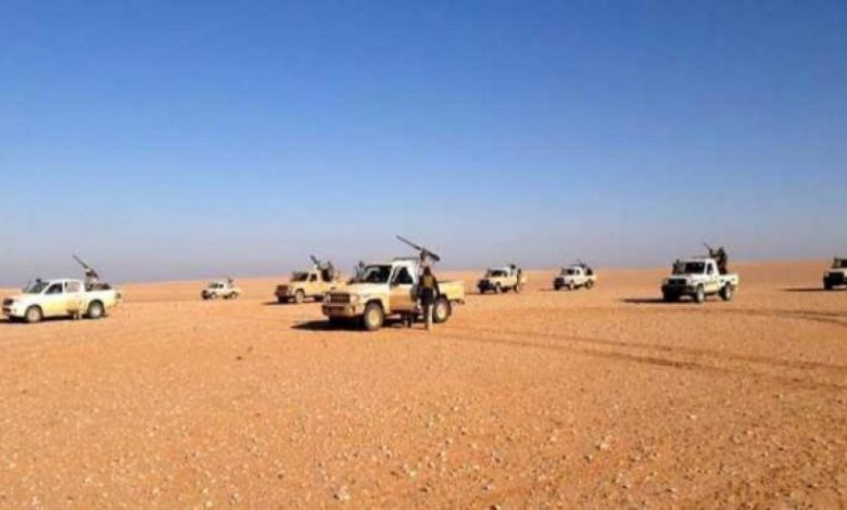 12 members of the Syrian army's auxiliary forces were killed in violent attacks by ISIS on the Homs and Hama deserts.